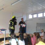 Feuerwehrmann in Einsatzkleidung